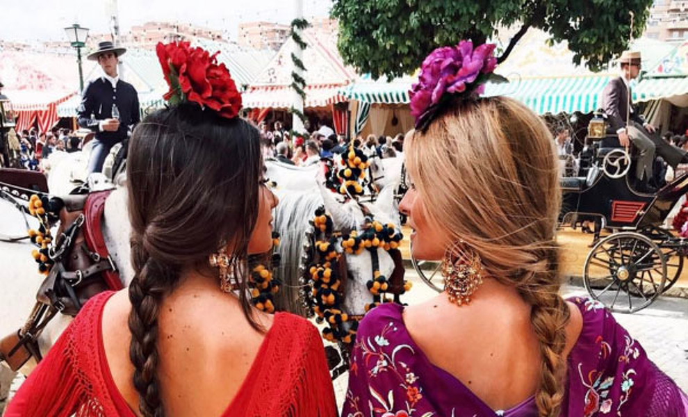 Las 'influencers' invaden la Feria de Abril