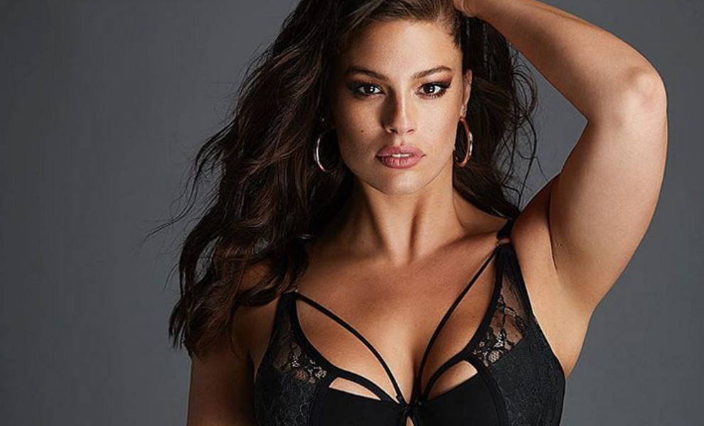 Ashley Graham y su madre, protagonistas de una campaña de bikinis